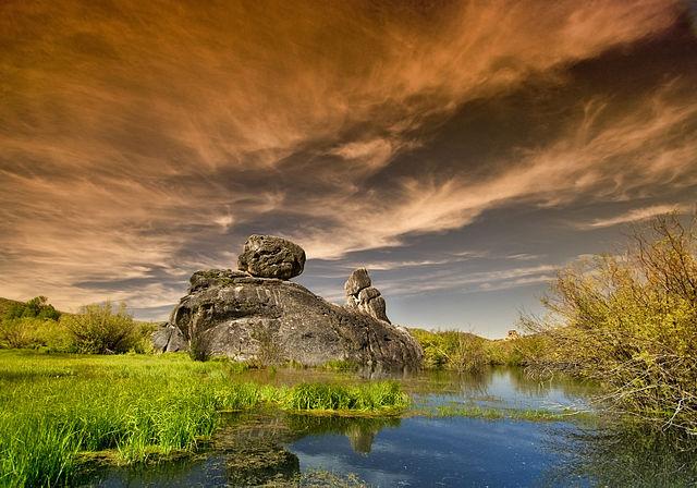 castle rocks in the spring