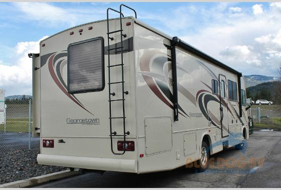 Forest River Georgetown Class A Motorhome 3 Series Rear