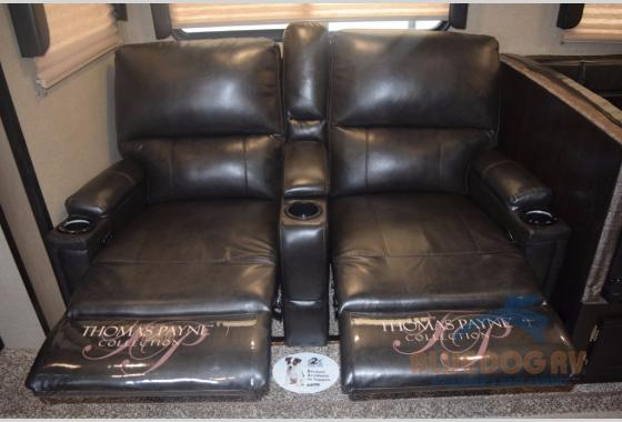 Grand Design Imagine Travel Trailer Seating