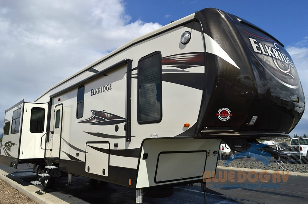 Heartland Elkridge 39MBHS Fifth Wheel Bunkhouse