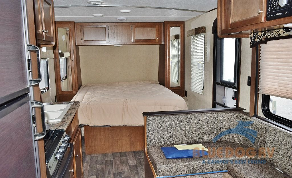 Keystone Hideout Travel Trailer Amazing Features Inside And Out