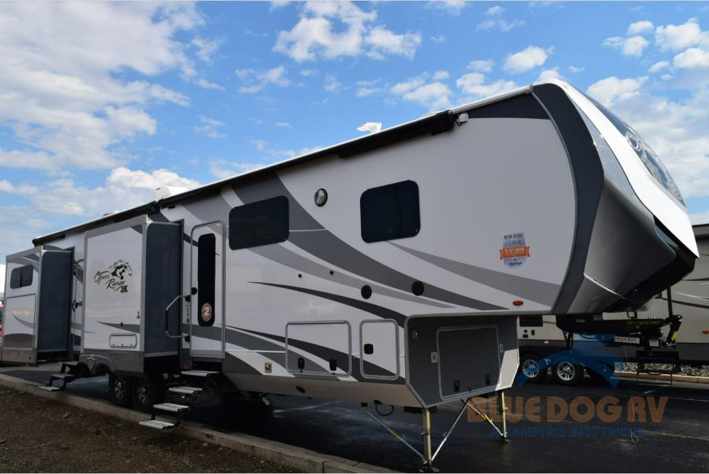 Highland Ridge Open Range Bunkhouse Fifth Wheel