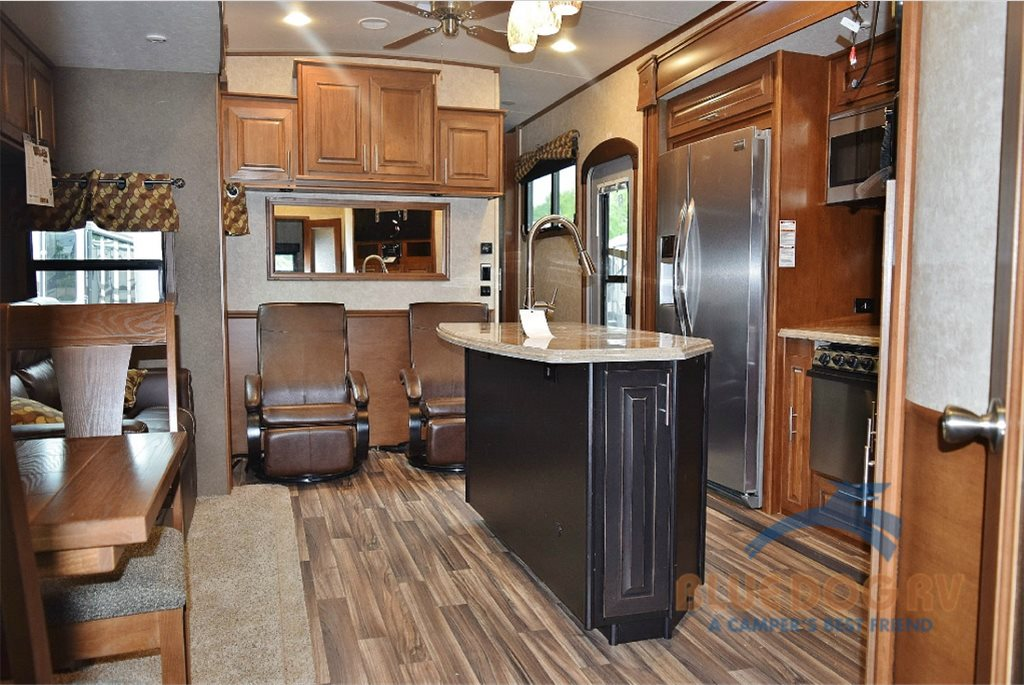 Highland Ridge Open Range Fifth Wheel Interior