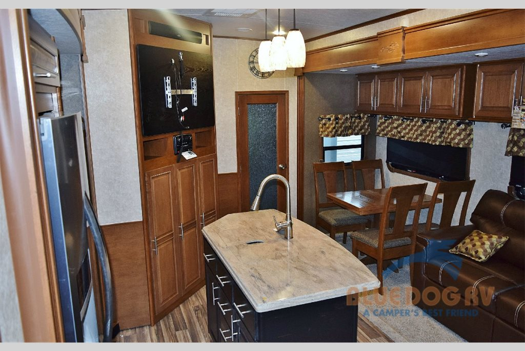 Highland Ridge Open Range Fifth Wheel Living Area