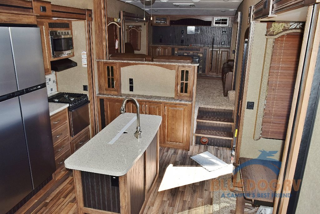 Keystone Avalanche 380FL Fifth Wheel Front Living