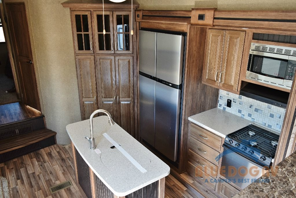 Keystone Avalanche 380FL Fifth Wheel Kitchen