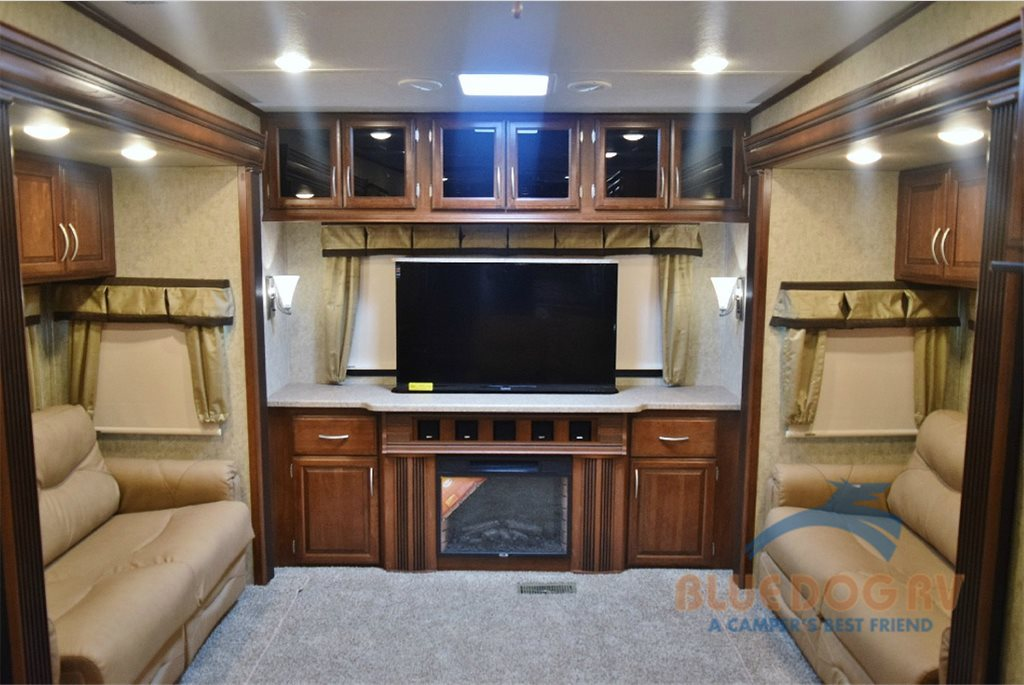 Prime Time Sanibel Fifth Wheel Rear Entertainment