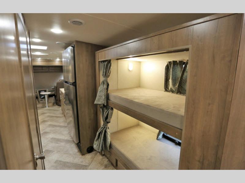 bunks in Georgetown series 5
