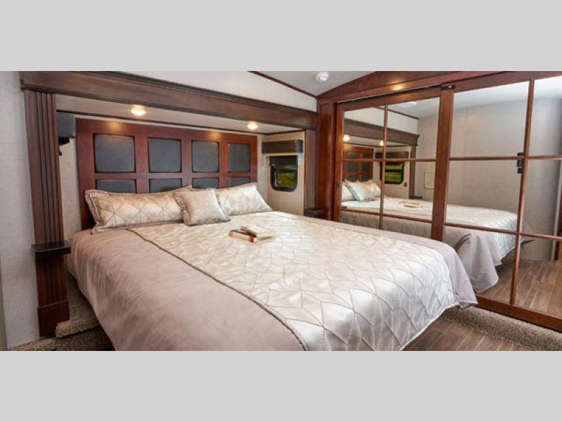 2020 Jayco pinnacle fifth wheel review  bedroom