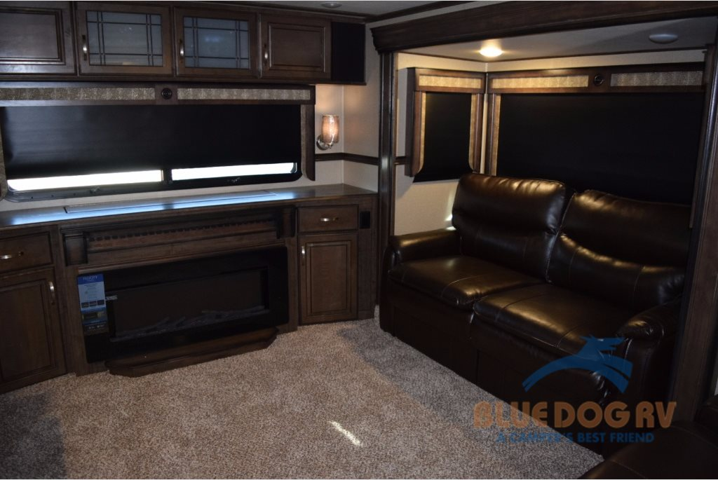 Grand Design Solitude Fifth Wheel Living Room