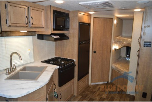 Starcraft Launch Outfitter Travel Trailer Interior