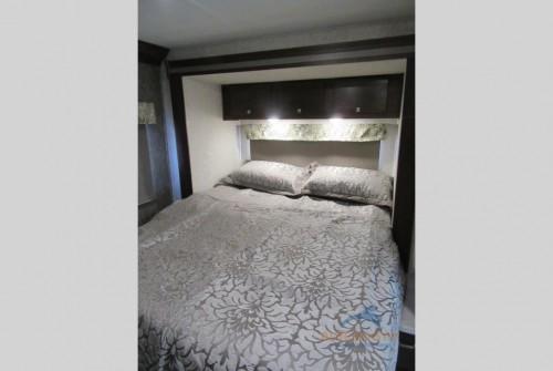 Forest River Forester 2251SLE Motorhome Bedroom