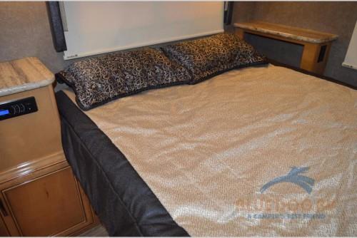 Thor Motor Coach Quantum Class C Motorhome Bedroom